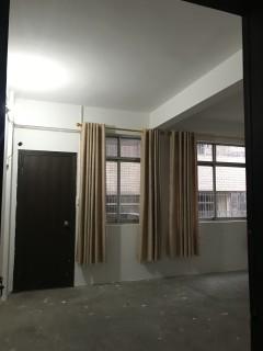 出租3室1厅2卫两阳台 114平 带一杂物房