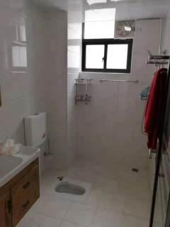 出售(桂平)大龙城市广场 3室2厅2卫118平精装修