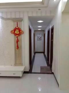 出售(桂平)西山御府4室2厅2卫133平简单装修