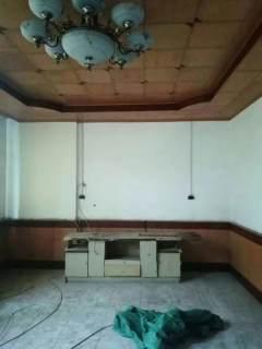 出售教育新村天地楼4层半占地58平简单装修