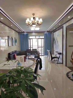 (桂平)红锋华府4室2厅2卫142m²豪华装修