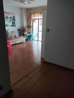 (桂平)国贸大厦 3室2厅2卫115m²精装修