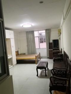 1室0厅1卫38m²简单装修