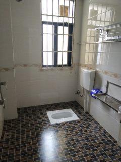 (桂平)鑫盛嘉园 3室2厅2卫113m²中档装修