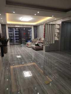 (桂平)鑫炎·凤凰城5室2厅2卫195.49m²豪华装修