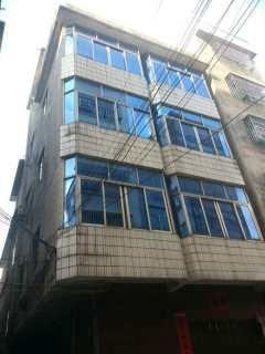 (桂平)合富大厦5室4厅5卫45m²简单装修