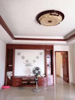 (桂平)红锋华府3室2厅1卫89m²简单装修