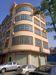 (桂平)现代人家5室5厅5卫75m²豪华装修