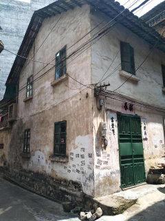 (桂平)地王财富中心3室2厅2卫80m²毛坯房