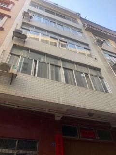 (桂平)鼎盛·中央公园5室5厅5卫70m²简单装修