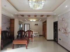 (桂平)幸福家园4室2厅2卫158m²精装修