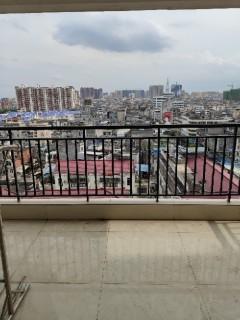 (桂平)国贸大厦 3室2厅2卫126.95m²中档装修