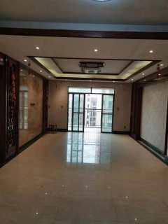 出售(桂平)西山御府3室2厅2卫134.6平精装修