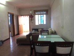 城南幼儿园旁边套房3室1厅1卫103m²