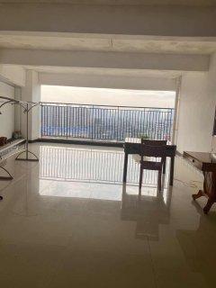 (桂平)国贸大厦 4室2厅2卫155m²简单装修