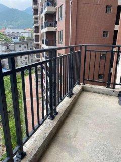 (桂平)福桂·三千城3室2厅2卫107m²毛坯房