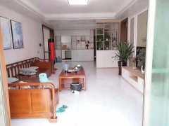 (桂平)西山华府4室2厅2卫142m²精装修