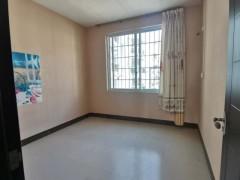 (桂平)金贵华园3室2厅2卫112.5m²简单装修
