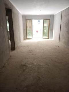 出售3室2厅2卫107平毛坯房