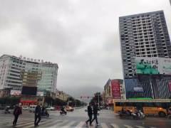 出租大龙城市广场写字楼出租,简单装修,中高楼层