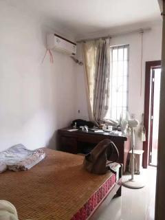 出售3室2厅2卫101平毛坯房