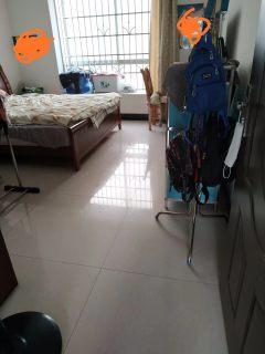 出售2室1厅1卫80平简单装修