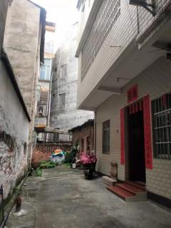 (桂平)福桂·三千城3室2厅2卫100万88m²出售