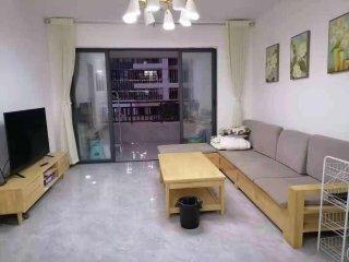(桂平)鑫炎·凤凰城3室2厅0卫2200元/月115m²出租