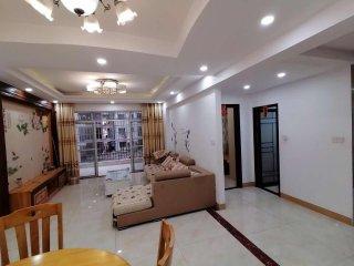 (桂平)国贸大厦 4室2厅2卫2000元/月131m²出租