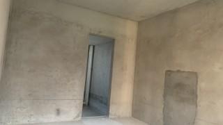 西山华府出售3室2厅2卫120平毛坯房