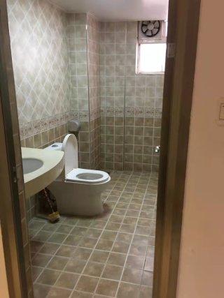 出租(桂平)现代人家4室2厅2卫160平精装修